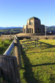 Free Vista House & Fence-posts Royalty Free Stock Images - 15050939