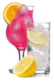 Free Red Cocktail And Lemonade With Lemon Royalty Free Stock Photography - 15051607