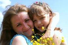 Free Portrait Of Mother And Daughter Stock Images - 15051704