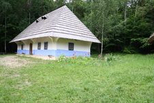 Free Ukrainian Hut Royalty Free Stock Image - 15054176