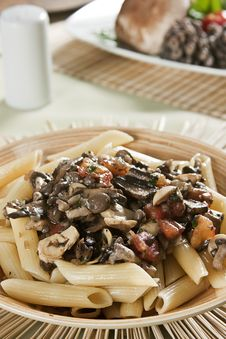 Free Penne With Mushroom Sauce. Stock Images - 15054594