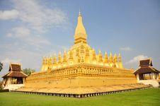 Free Wat Pra That Luang Royalty Free Stock Images - 15056209
