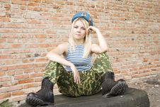 Free The Soldier On A Halt Stock Photography - 15056512