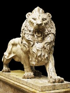 Free Isolated Lion Statue Stock Image - 15061761