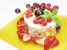 Free Raspberry Fruit Dessert Stock Image - 15063221
