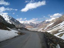 Free The Himalayas: Baralacha Pass Stock Photo - 15064180