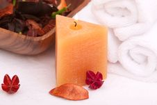 Free Spa Candle Royalty Free Stock Photos - 15065358