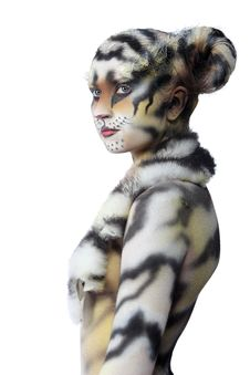 Free White Tigress Stock Images - 15071984