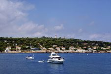 Free Antibes Bay Royalty Free Stock Images - 15072329