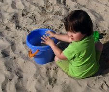 Free Little Girl In The Sandpit Royalty Free Stock Photo - 15073755