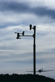 Free Weather Vane Royalty Free Stock Photography - 15080017