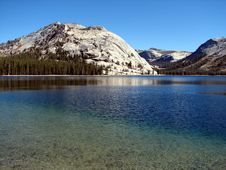 Free Yosemite At Tenaya Lake Royalty Free Stock Photography - 15080457