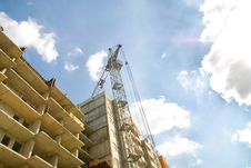 Unfinished Housing Complex And  Crane Royalty Free Stock Photo