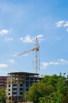 High-rise Construction Cranes And Unfinished House Stock Photography