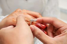 Free Wear Wedding Ring Stock Images - 15082404