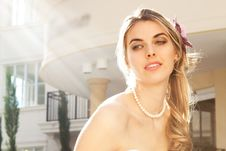 Free Young Bride In The Sun Stock Photography - 15082812