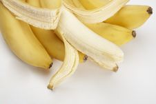 Free Close-up Fresh Bunch Of Bananas Royalty Free Stock Images - 15083339