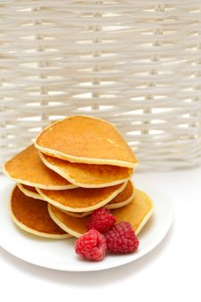 Free Small Pancakes Topped With Berries Royalty Free Stock Photography - 15083477
