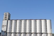 Free Port Silos Royalty Free Stock Image - 15089006