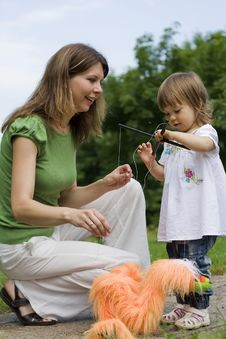 Free Mother And Daughter Playing Together Stock Photo - 15089900
