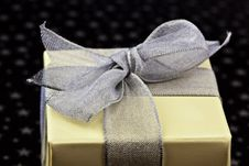 Free Gift Wrapped Royalty Free Stock Photo - 15091075