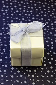 Free Gift Wrapped Royalty Free Stock Images - 15091079
