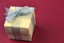 Free Gift Wrapped Royalty Free Stock Photos - 15091098