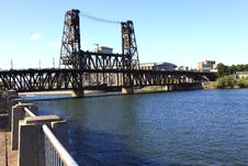 Free The Steel Bridge, Portland OR. Royalty Free Stock Images - 15091489