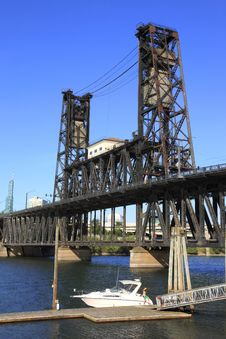 Free The Steel Bridge, Portland OR. Stock Photo - 15091560