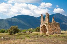 Free Zaraka Monastery At Stymfalia Royalty Free Stock Photography - 15092697