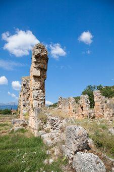 Free Zaraka Monastery At Stymfalia Stock Images - 15092704