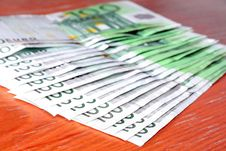 Free European Money 100 Euros Royalty Free Stock Photos - 1513828