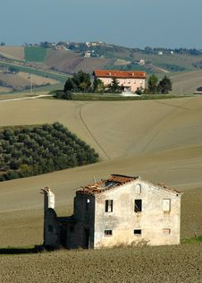 Free Old And New Country House - Italy Royalty Free Stock Photos - 1515578