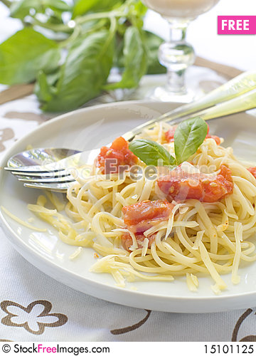 Free Spaghetti Royalty Free Stock Photo - 15101125