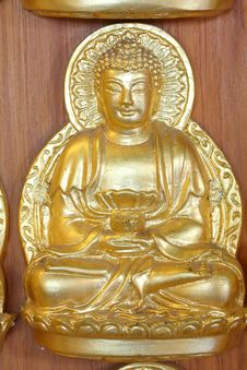 Free A Gold Buddha Doll Stock Photography - 15100162