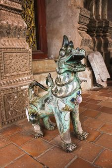 Statue Of Singha Royalty Free Stock Images