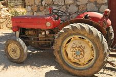Free Old Red Tractor. Royalty Free Stock Photo - 15102205