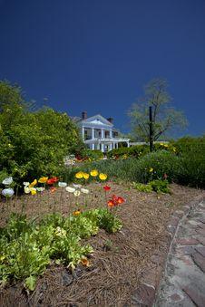 Free The House Garden Royalty Free Stock Photos - 15102548