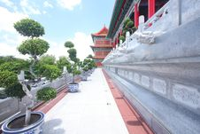 Free The Big Chinese Temple Royalty Free Stock Photos - 15103198