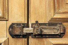 Free Antique Shutter Lock Royalty Free Stock Photography - 15103537