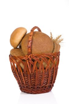 Free Full Basket With Bread Stock Photos - 15105523