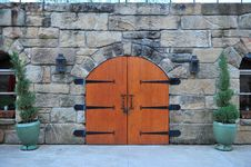 Free Bright Warm Gateway Doors Wide Royalty Free Stock Photos - 15105698
