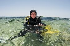 Free Female Scuba Diver On Surface Stock Photo - 15106530