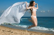 Free Beauty Woman On Sea Stock Images - 15111474
