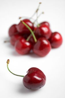 Free Sweet Cherries Royalty Free Stock Photos - 15114248