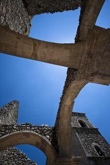 Free Ancient Arch  Church Stock Photos - 15114623