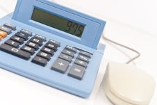 Free Calculating (CA Tax On Screen) Royalty Free Stock Photography - 15115227