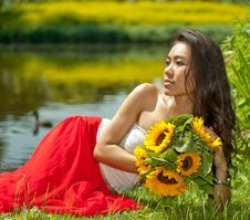 Free Young Woman In Park Stock Images - 15117914