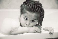 Free Pretty Little Girl In The Bath Royalty Free Stock Image - 15123066