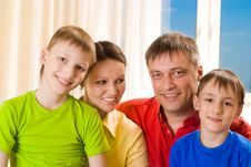 Free Parents With Their Two Children Royalty Free Stock Photo - 15130385